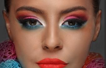 Mirela Vescan make-up academy foto