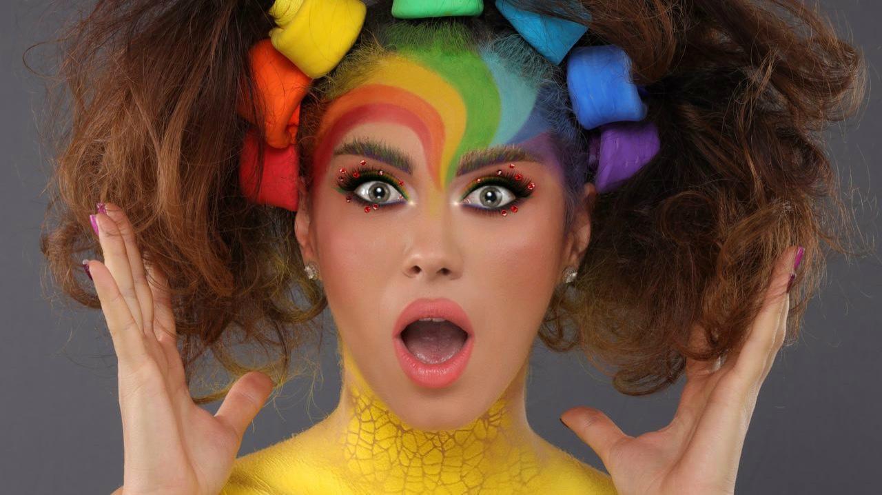 Scriu despre machiaj, sunt cea mai calificată sursă de informație și cel mai premiat make-up artist